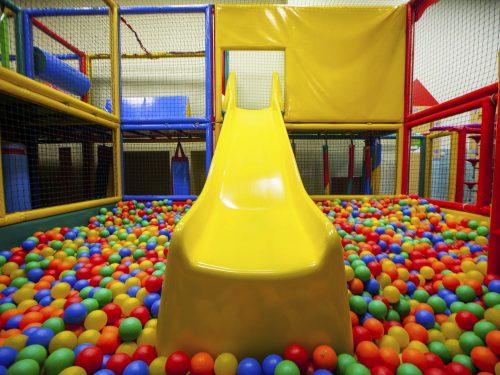 Tobogan parque de bolas
